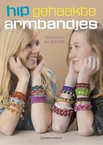 Boek: Gonny Albers,  Hip gehaakte armbandjes 0259  pap. 17x24cm