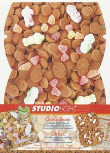 Cadeaudoosje (TH)CDSL13 Sinterklaas ''Strooigoed''  16x12x3cm