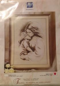 UITVERKOCHT Vervaco borduurpakket 2002-75.752 Mother's love  36 x 26 cm