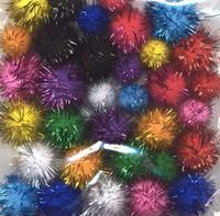3322 Mix Pompons assortie kleuren glitter 33stuks 1,5 tot 2,0cm