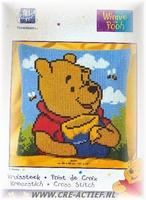 UITVERKOCHTWinnie the Pooh met honingpot, Kruissteekkussen 40 x 40 cm