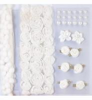 H&C Fun 12214-1401 Pompoms & Flowers Embellishments White