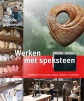 Boek: Werken met speksteen, Jolanda Groeneveld gebonden
