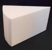 Styropor Taartpuntdummie breed 11x9cm dikte 7cm