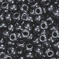 KP213102610 Bohemian glas Rocailles Zwart 5mm 5mm/doosje17gr.
