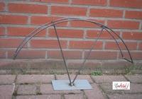 Metalen frame Boog op voet voor groendecoratie